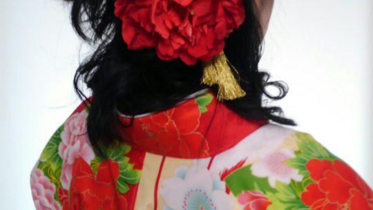 卒業式の袴着付け、ご予約承ります!